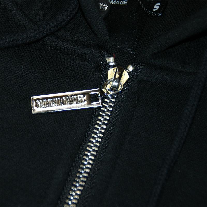 criminal damage chatham long zip hoodie schwarz rot sale 79 90. Black Bedroom Furniture Sets. Home Design Ideas