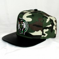 Boston Celtics Snapback Woodland Camo | NBA | Mitchell &...