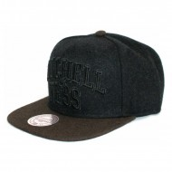 Mitchell & Ness Arch Logo Tone in Tone Snapback Black