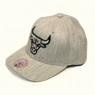 Mitchell & Ness Chicago Bulls 110 Curved Snapback grey heather
