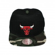 Mitchell & Ness Strapback Cap Chicago Bulls Camo H Panel