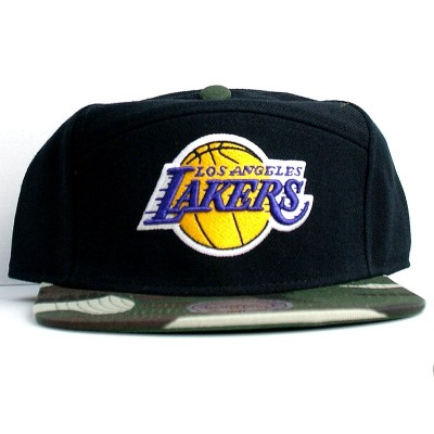 Los Angeles Lakers Strapback Camo Panel | NBA | Mitchell & Ness
