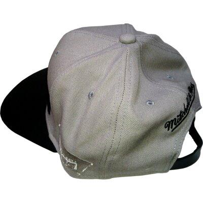 San Antonio Spurs Snapback Woolf Leather Peak grau/schwarz | NBA | Mitchell & Ness